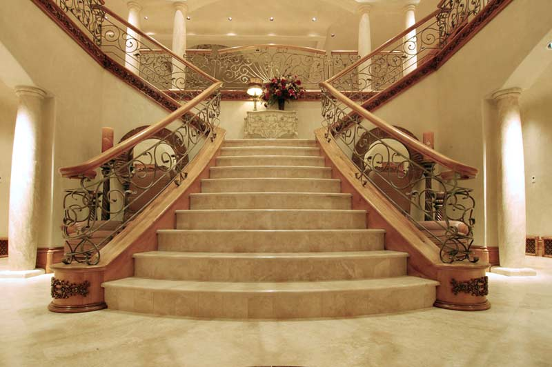 Luxury stair railings ideas for Luxury staircase
