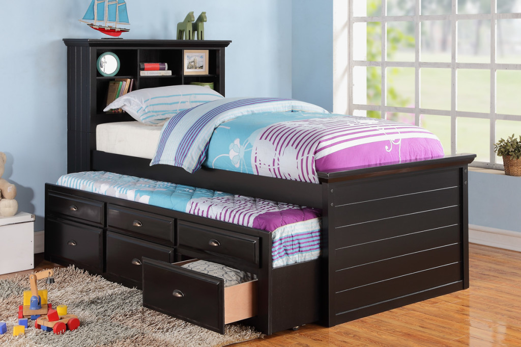 Beautiful Twin Bed With Trundle