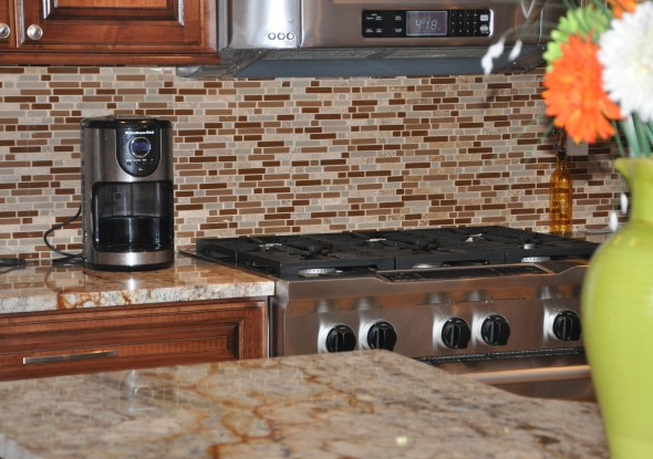 Glass Linear Mosaic Tile Backsplash