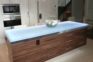 Glass Countertops for Modern Kitchen Ideas