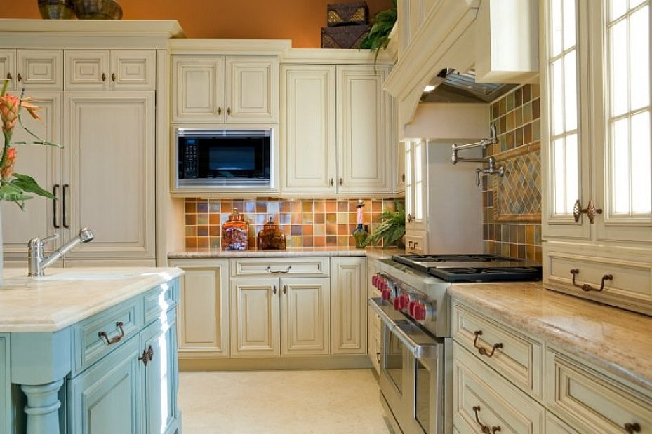 Kitchen cabinet refacing diy for Diy kitchen cabinets