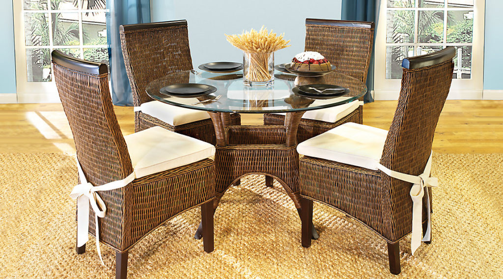Rattan round casual dining room sets for Informal dining room sets