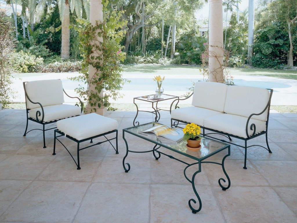 Luxurious iron patio furniture iron patio table for Outdoor garden furniture