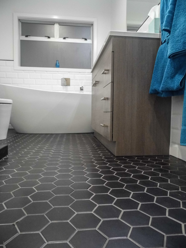 Floor Tiles Lifting In Bathroom : Black hexagon bathroom floor tile design