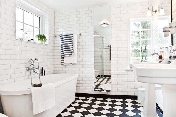 Black and white tile bathroom ideas for Black tile bathroom designs