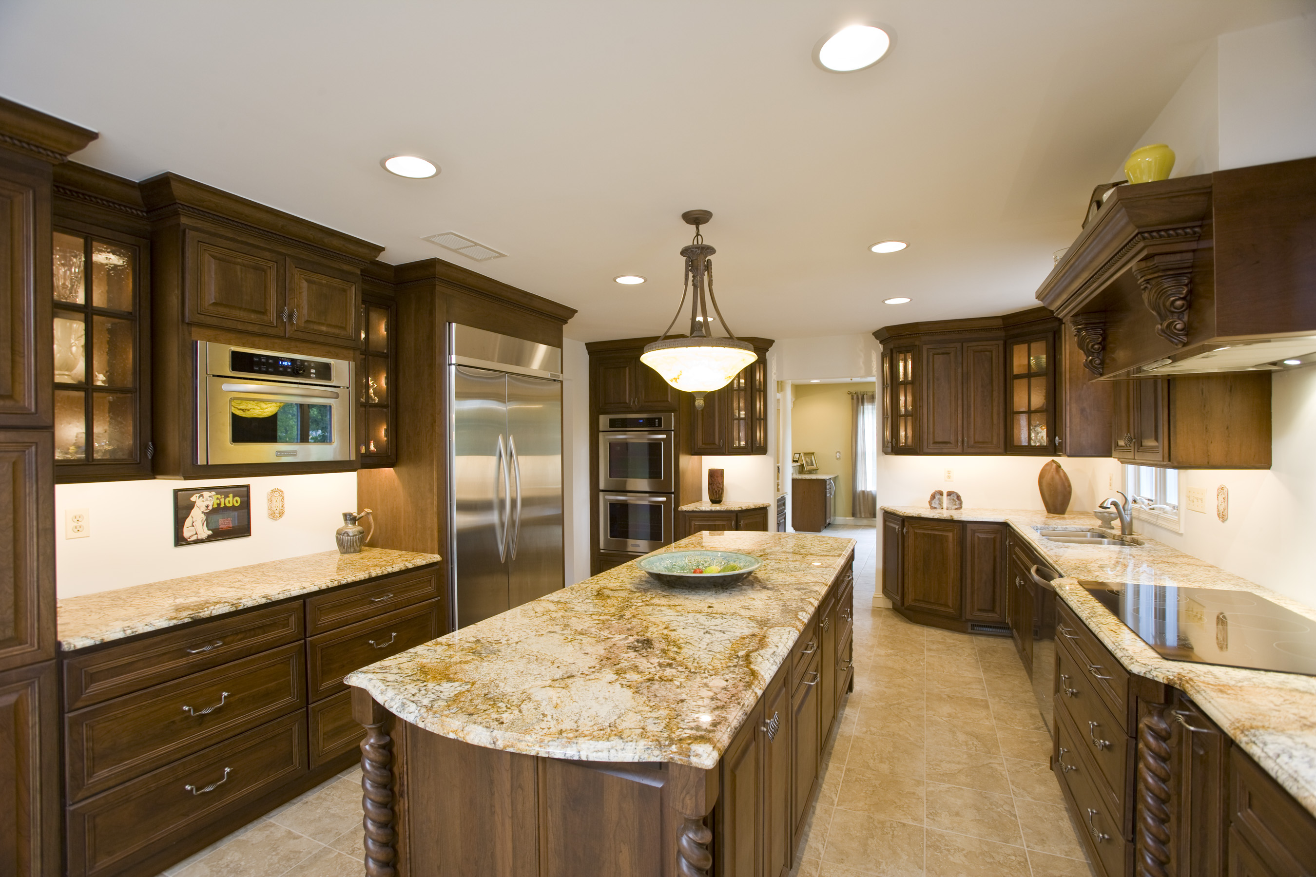 Beautiful granite kitchen countertops ideas for Granite countertop design ideas