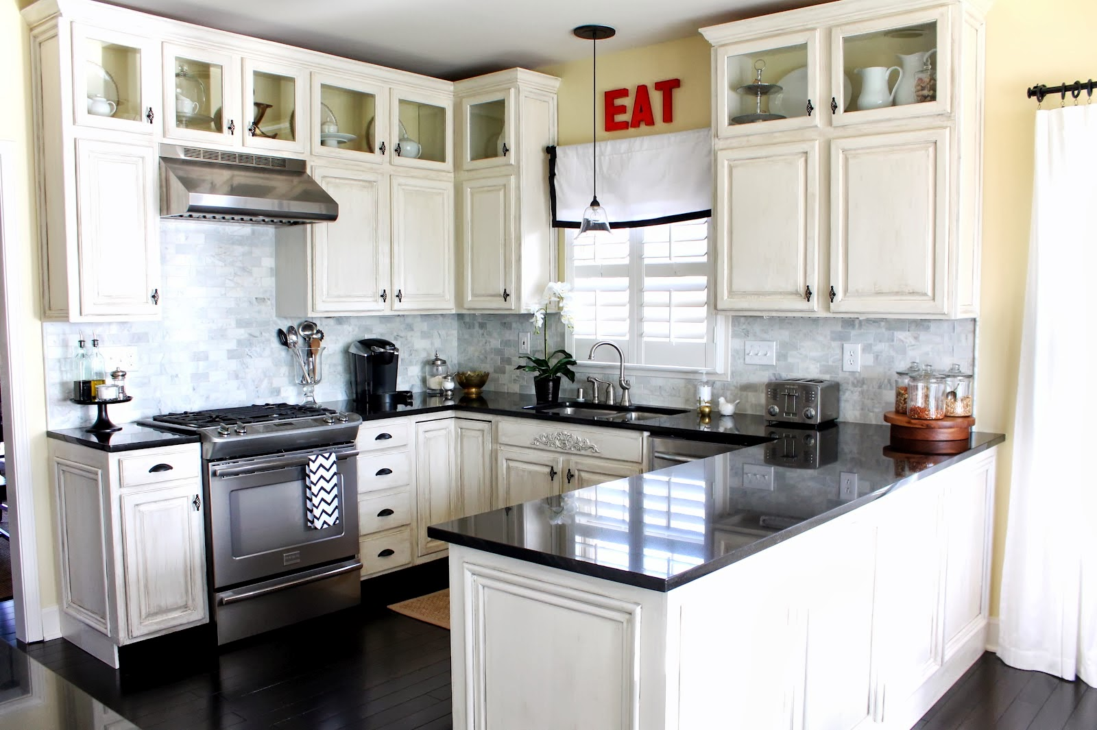 Pictures White Kitchen Cabinets Part - 22: U Shaped Kitchen Ideas With White Cabinets