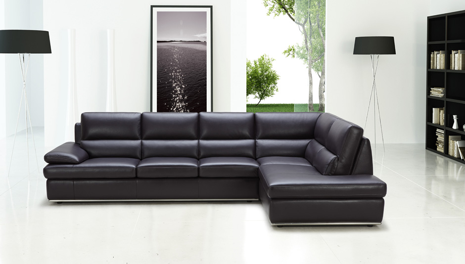 Charming Black Leather Sectional Sofa Design Ideas