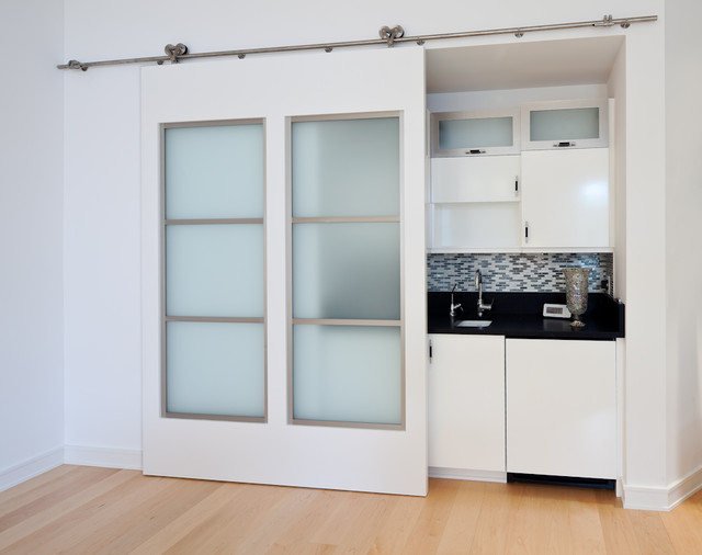 Contemporary White Interior Sliding Doors