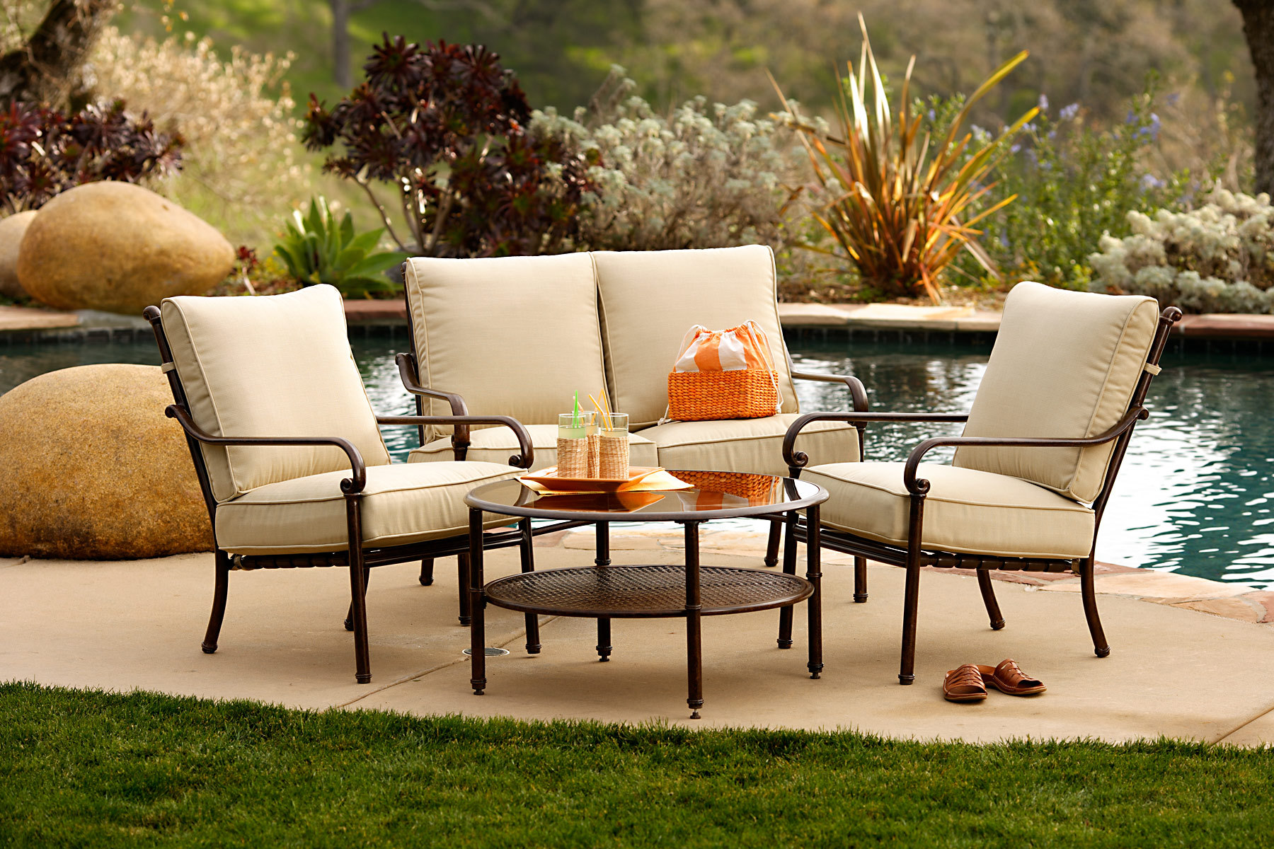 Small patio furniture eva furniture for Outdoor patio couch set