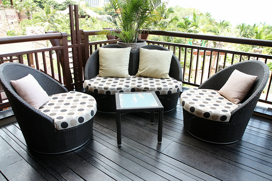 Small patio furniture eva furniture for Patio furniture pictures ideas