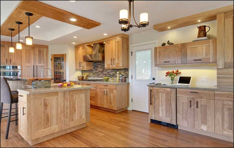 Craftsman kitchen cabinets great craftsman kitchens that for Craftsman style kitchen faucets