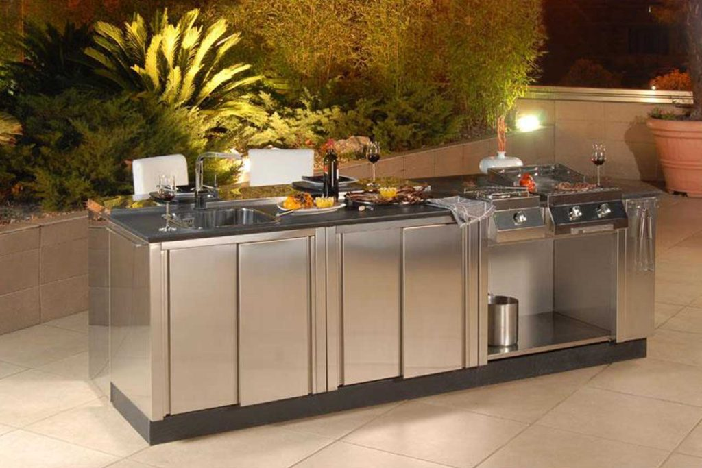 Outdoor stainless steel kitchen countertops design ideas for Stainless steel kitchen ideas