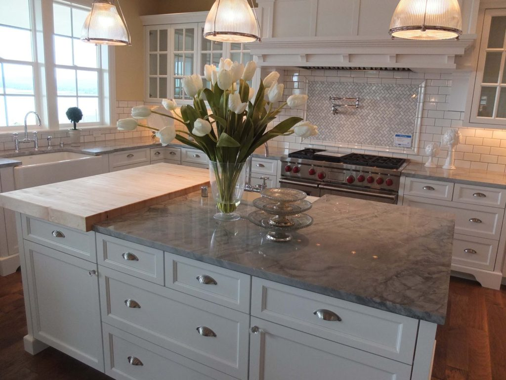 Quartzite kitchen countertops picture ideas for Granite countertop width