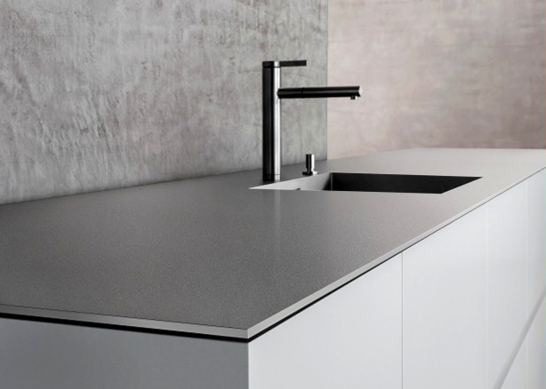 stainless-steel-outdoor-kitchen-countertops