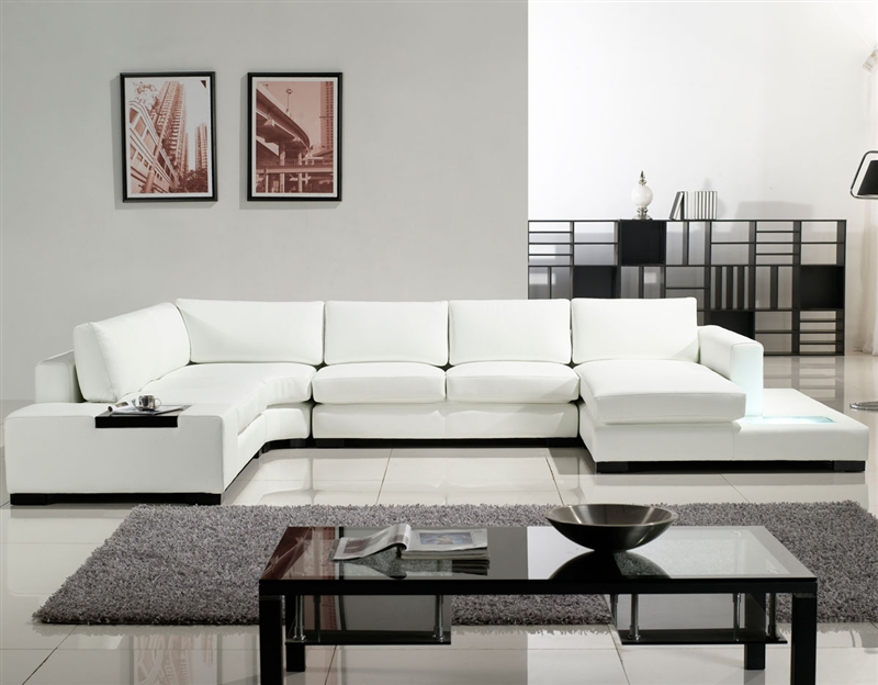 Modern White Bonded Sectional Sofa for Small Space