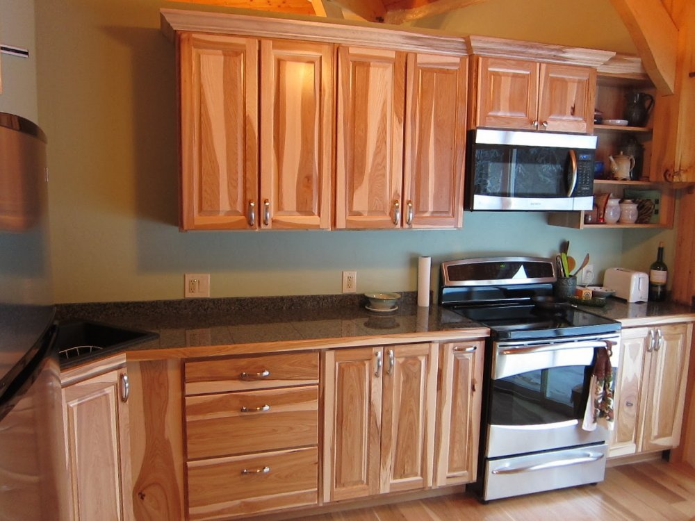 20 rustic hickory kitchen cabinets design ideas eva for Kitchen cabinets home depot