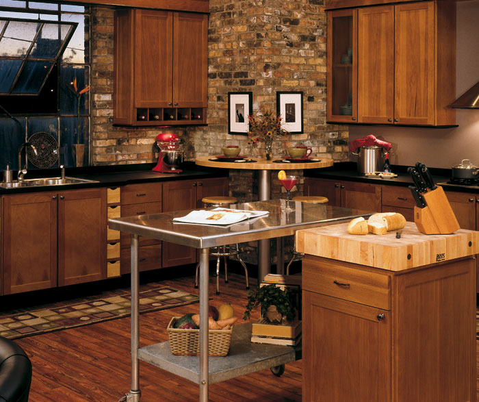 hickory kitchen cabinets wholesale kitchens with hickory cabinets 16282