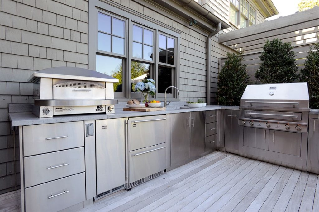 Mid Sized Stainless Steel Outdoor Kitchen Cabinets